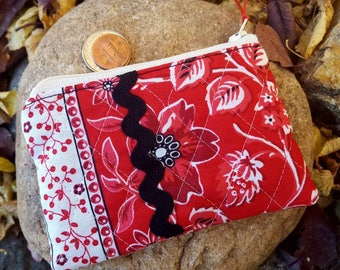 Quilted Coin Purse, Ladies Zipper Wallet, Red & Black Change Purse, Earbud Pouch, Red Zipper Pouch, credit card pouch