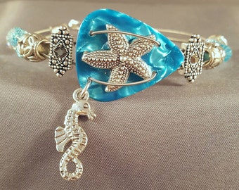 "Guitar pick and guitar string bracelet ""Starfish & Seahorse"""