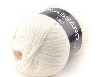 Chunky wool knit challenge from Plassard, off-white neck 27