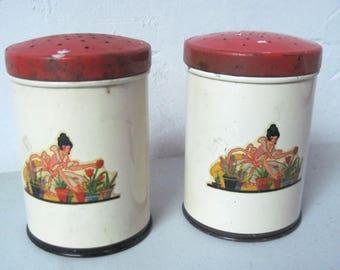 Vintage 1930s Art Deco tin Salt and pepper shakers