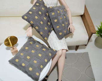 1/6 scale doll pillows_Blythe_Momoko_modern sofa pillows_chair throw pillows_playscale dollhouse_barbie size_one sixth scale_12 inch dolls