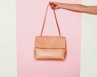 Natural Leather Shoulder Bag. Minimal Lady Bag. Italian vegetable tanned leather