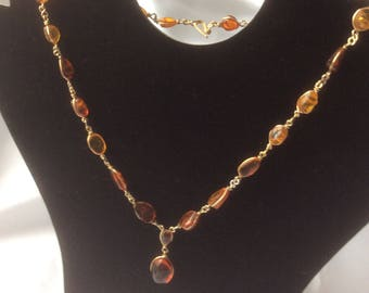 Beautiful Vintage Amber Necklace with Pendant