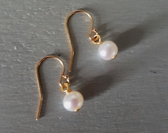 14K Gold Fill Small Freshwater pearl drop earrings or Rose Gold simple white pearl earrings