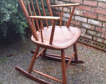 Antique Rocking Chair - Antique American Windsor Rocking Chair, Antique Windsor Rocker