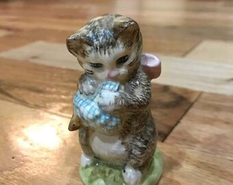 Beatrix Potter's Beswick England Miss Moppet Figurine