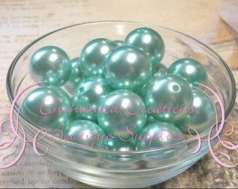 20mm Ice Green Acrylic Pearl Beads Qty 10