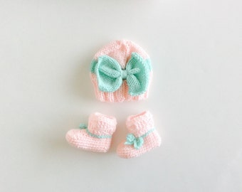 Booties and Hat set, crochet booties, knit big bow hat, Pink/Mint Green, Big Bow hat and booties set, custom sizes