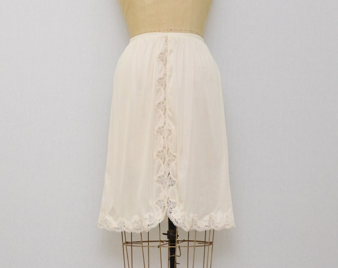 Vintage 1970s Lace Trim Skirt Slip - Size Medium