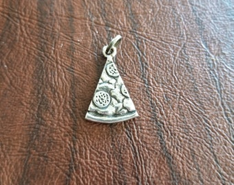 Vintage Sterling Silver Pizza Slice Charm, Fun Novelty Charm/Pendant for the Pizza Lover, Slice of Pepperoni Pizza Charm, Wonderful Details