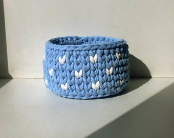 crocheted basket, blue and white,  basket for storage, interior basket