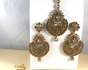 Antique gold earrings and tikka set