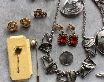 Sarah Coventry Vintage 15 Piece Lot