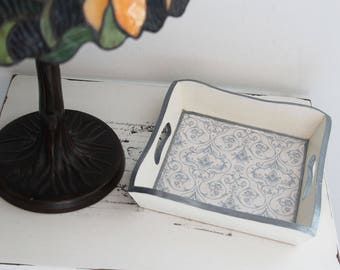 Empty pockets, small tray, square - for jewelry, keys - baroque tapestry effect - white, blue and silver