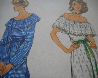 Vintage 1970's Butterick 5698 Top, Slip and Skirt Sewing Pattern Size 8 Bust 31.5
