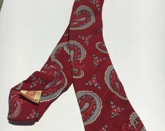 1940s Red Paisley Tie