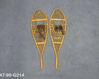 Authentic Vintage Pair of Snowshoes (ER-47-90-G214)