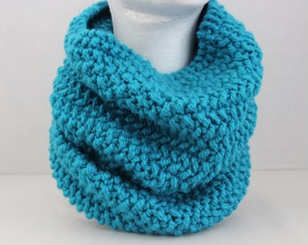 Beauttifully Simple Seed Stitch Cowl