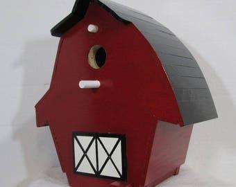 Barn Birdhouse #717