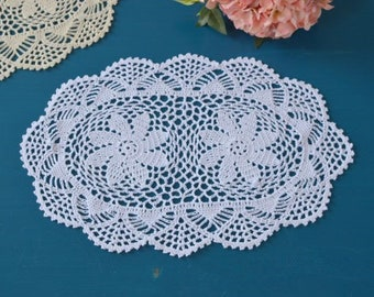 Set 2 pcs ~ country living hand crocheted oval placemats, floral wedding centerpieces, handmade oval doilies table linen for home decor