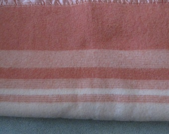 Vintage Faribo 100% Wool Blanket  Cabin Trade