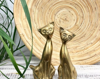 Vintage Pair of Solid Brass Cat Figurines / Set of 2 Glam Decor Cats / Hollywood Regency Kitten Statues