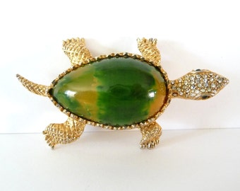 Signed Hattie Carnegie Turtle Brooch Pin Green Yellow Bakelite Belly Rhinestones Gold Tone Metal from TreasuresOfGrace