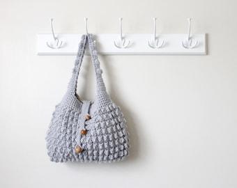 Crochet Handbag in Light Grey with Batik Calico Lining