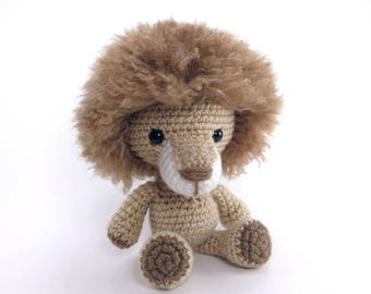 PATTERN: Lewis the Lion - Crochet lion pattern - amigurumi lion pattern - crocheted lion  pattern - lion toy tutorial - PDF crochet pattern