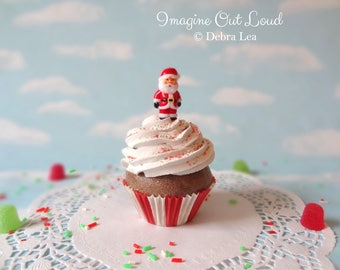 Fake Cupcake Realistic Christmas Holiday SANTA