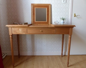 Classic Dressing Table