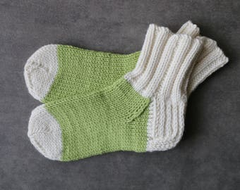 Pistachio green baby socks / white