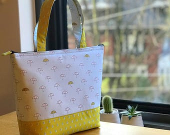 Insulated Lunch Bag/ Lunch Bag with Adjustable Bottle Holder/ Lunch Bag insulated/ Tote Bag for women/ Lunch tote/ Spring Rain lunch bag