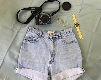 Vintage denim shorts size 24