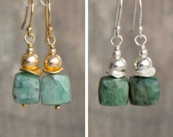 Raw Emerald Earrings, Gemstone Earrings, Birthday Gifts Drop Earrings, Emerald Jewelry, Dangle Earrings, May Birthstone, Small Earrings