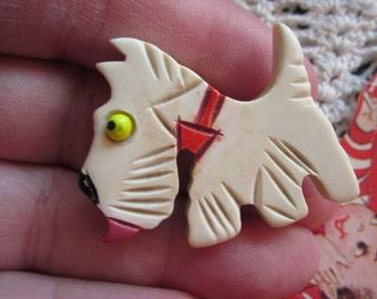 Vintage Bakelite carved cream Scottie Scottie dog pin