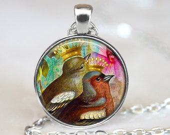 Bird Pendant, Bird Necklace, Bird and Crown Jewelry, Bird Art Pendant, Bird Jewelry, Gift, Vintage Art Pendant, Bronze, Silver, 301