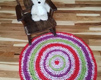 Bright colors round rag rug