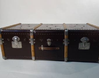 R1854 covered metal cabin trunk