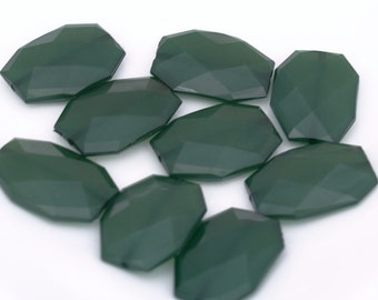 FOREST Dark Green Translucent Faceted Acrylic Flat Nugget Beads, 34mm x 24mm Big Bold Chunky Jelly Style Hunter Green Emerald Polygon Beads