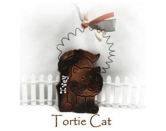 Tortie, Tortie Cat, Cat Ornament, Personalized Cat Lovers Christmas Gift, Customized Kitty-Cat Ornament