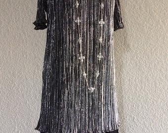 Large Vintage Flapper Dress Halloween Costume - Silver Lame Dress with Drop Waist