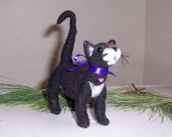 Needle felted Kitty Cat