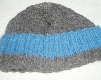 Hand Knitted Woolly Hat. 100% Ryeland wool