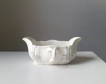 Antique Transfer Ware Gravy Boat . Willets Ironstone Transferware . Green and White Daisy . American Ironstone . Dining Serving . Home Decor