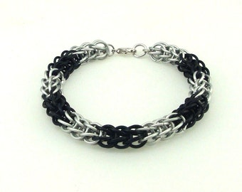 Chainmaille Jewellery, Black and White Full Persian Chainmail Bracelet