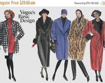 ON SALE Vintage 1980s Oversized Boxy Jacket, Wrap Coat, Trench Coat Faux Fur Shawl/Notched Collar Vogue's Basic Design 2347 80s Pattern 20-2