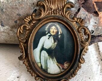 Tiny vintage plastic Frame