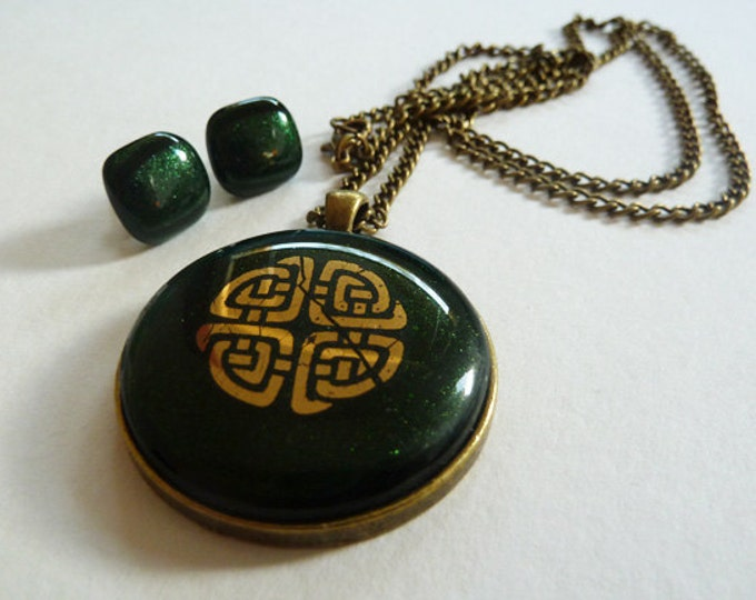 Jewellery set - pendant & earrings - dark green fused glass with distressed gold celtic knotwork design.