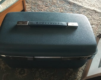 Vintage Samsonite Saturn Train Carryon